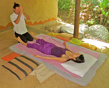 Thai Yoga Massage - La Danse Sacrée